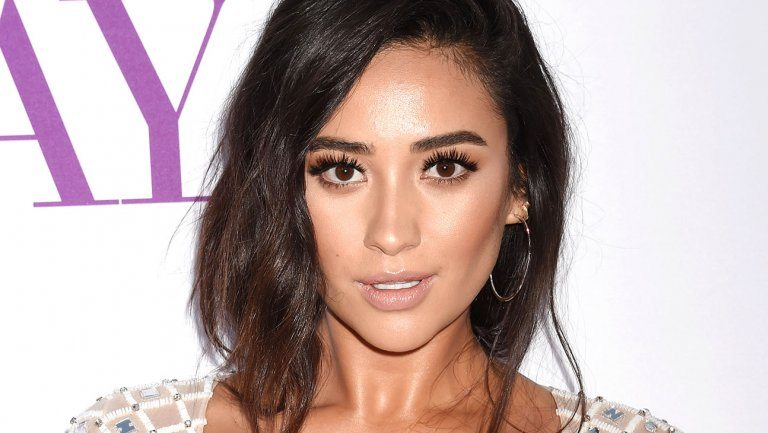 shay mitchell - Shay Mitchell Battles an Evil Entity in Cadaver