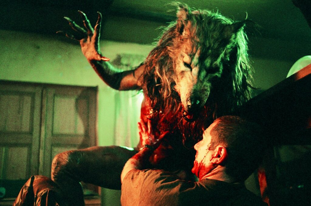 dog-soldiers-gore