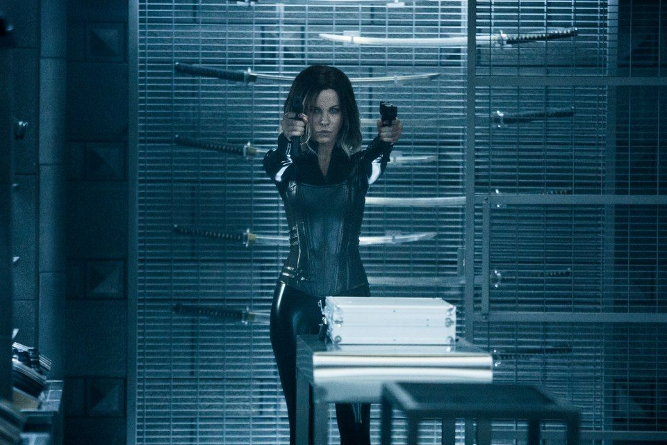 underworld blood wars 3 - New Images from Underworld: Blood Wars Come in Every Shade of Blue