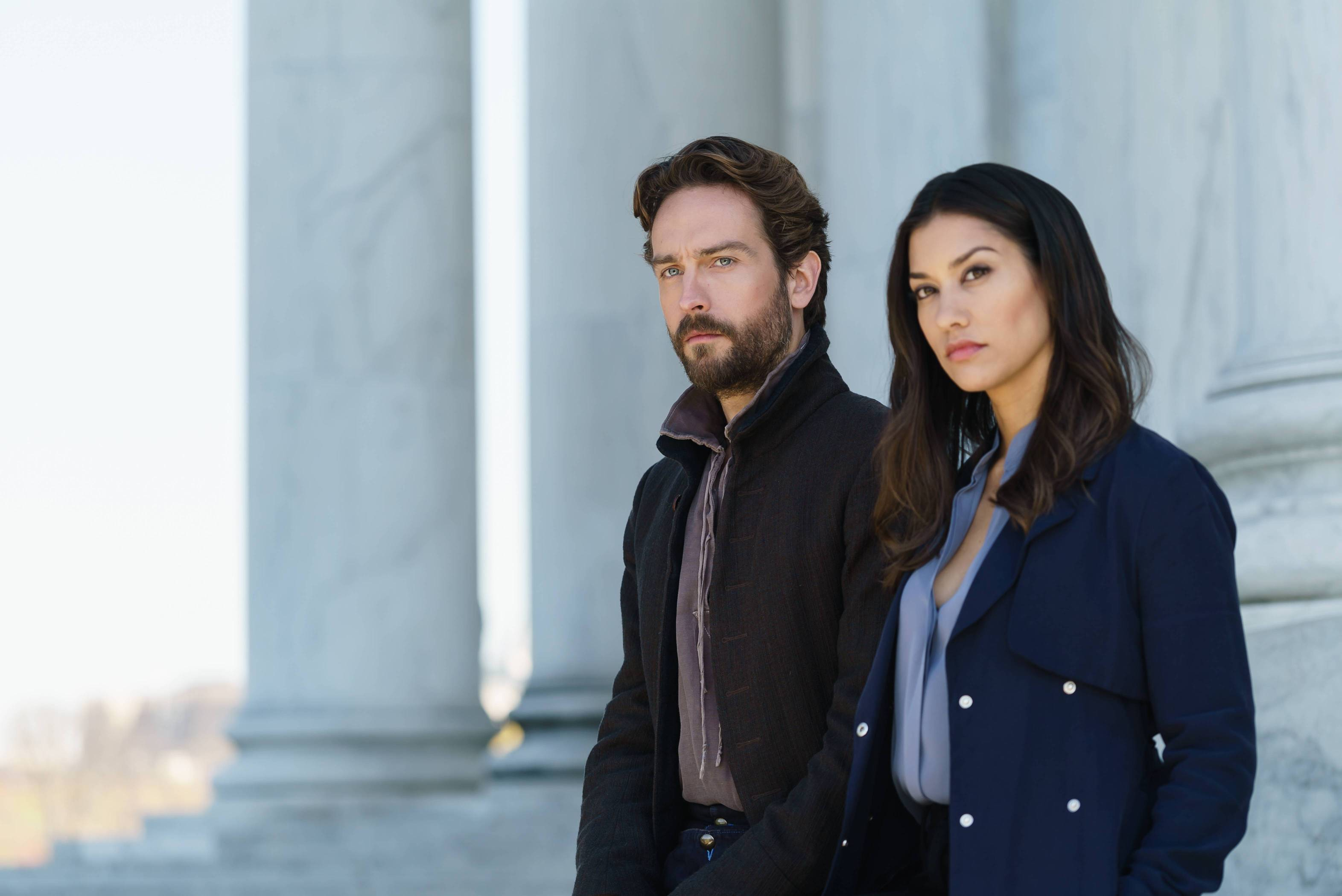 Sleepy 401 SCN42 TR0217 f hires1 - The Weirdness Begins in this Preview of Sleepy Hollow Season 4