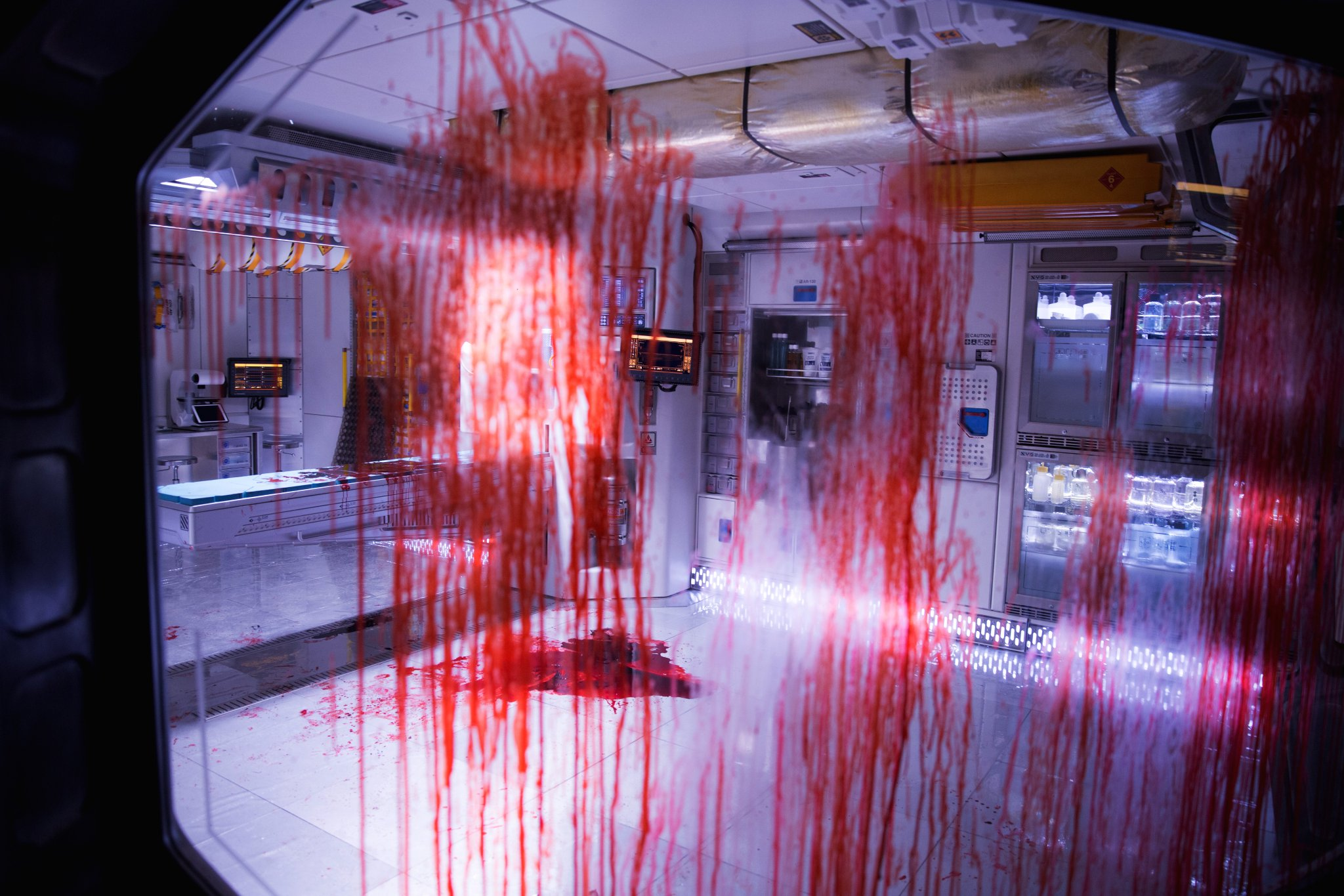 alien covenant bloody - New Alien: Covenant Image Spreads the Red