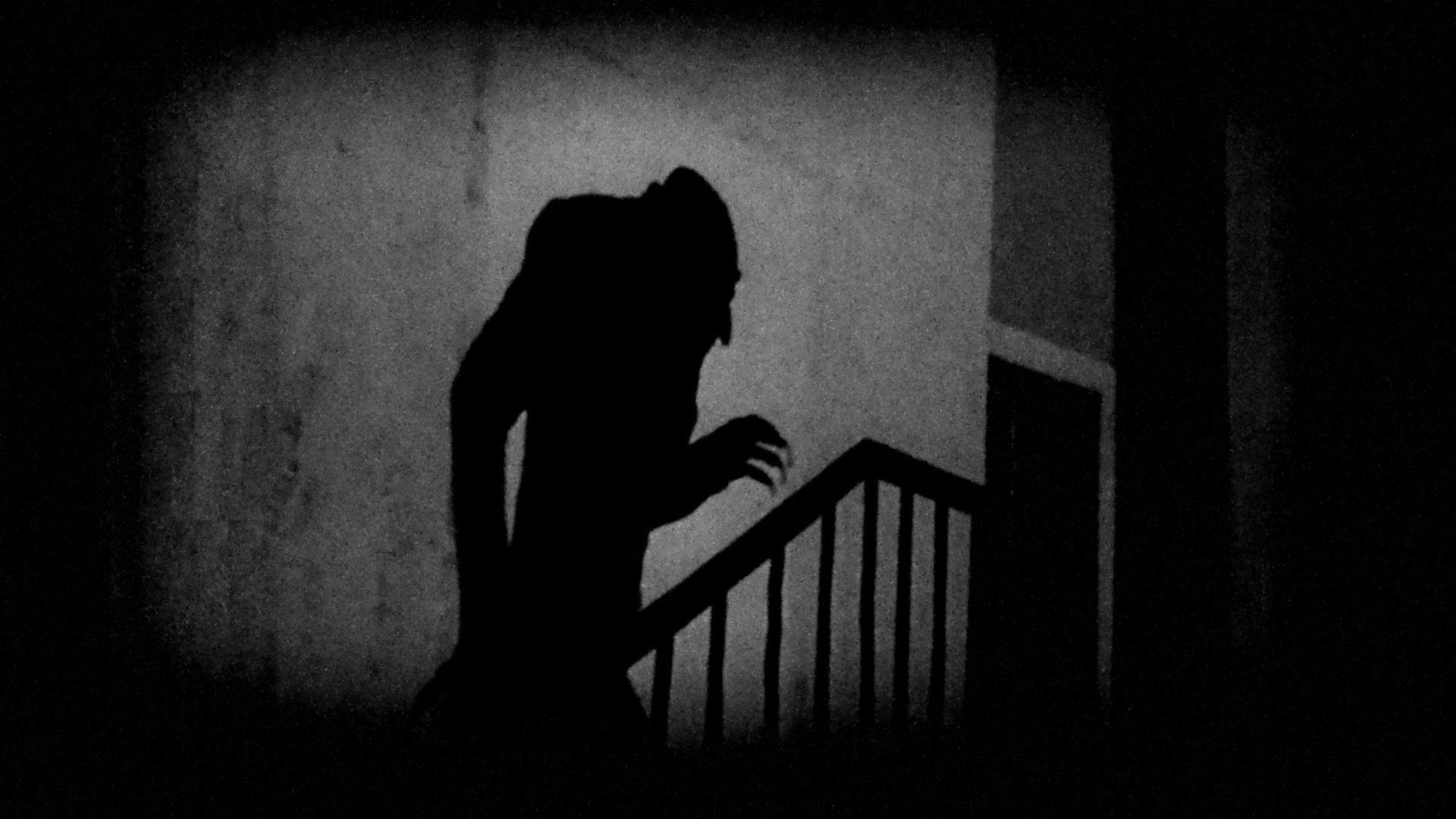 count orlok creeps up the stairs