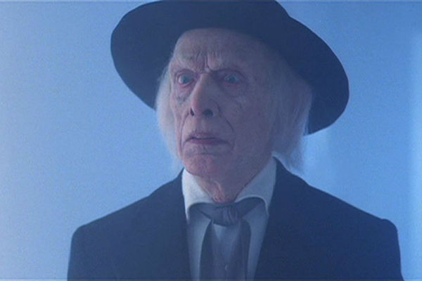 poltergeist III kane - Check Out This Fan Re-Edit of the Lost Ending to Poltergeist III
