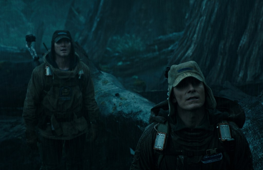 Alien Covenant 4 - New Alien: Covenant Images Are Dark and Sexy