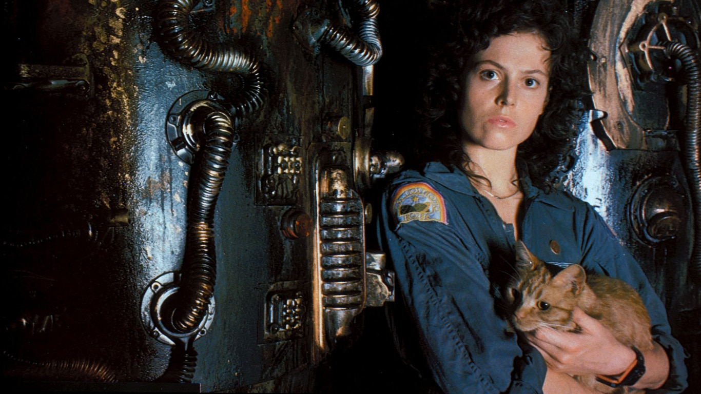 ripleyjonesyalien - Ridley Scott Teases Ellen Ripley's Parents in His Current Timeline