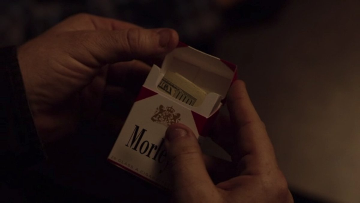 morleytwinpeaks1 - Last Night's Twin Peaks Episode Continued a Long Tradition of a Fake Cigarette Brand