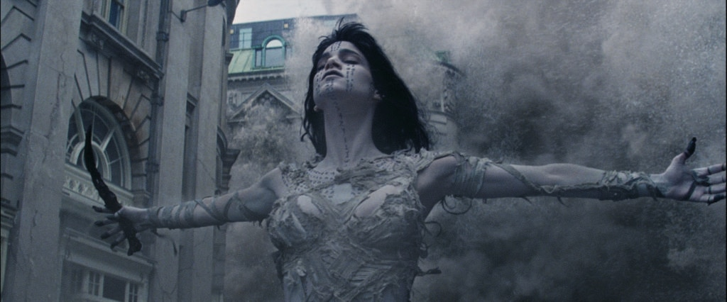 mummy 21 - New Clip From The Mummy is Alive