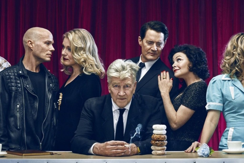 twinpeakscastbanner 1 - Showtime Not Confident About a Second Season of Twin Peaks