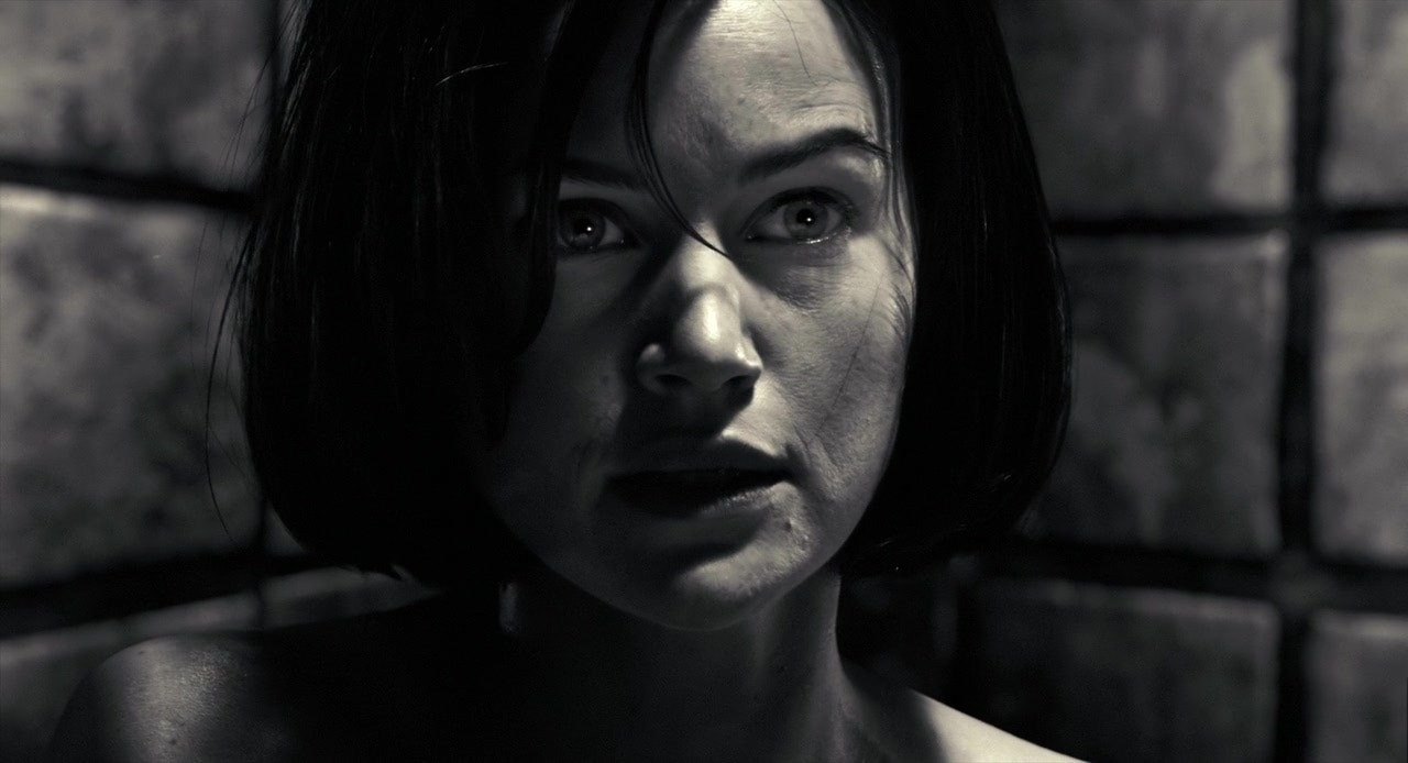 carlaguginosincity - Sin City's Carla Gugino Joins The Haunting of Hill House Adaptation