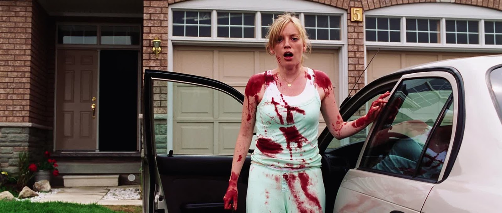 dawn of the dead 1 - Top 10 Horror Remakes of the 21st Century