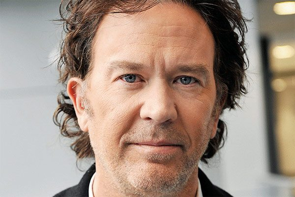 timothy hutton s - Timothy Hutton Joins Netflix's The Haunting of Hill House Series