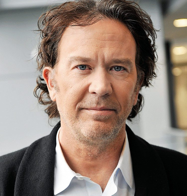 timothy hutton - Timothy Hutton Joins Netflix's The Haunting of Hill House Series