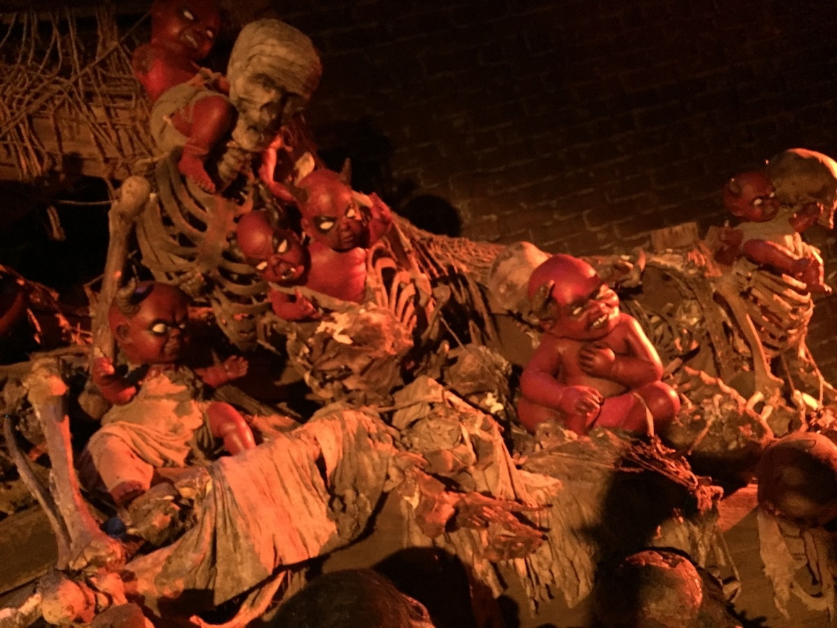 halloween horror nights hollywood - a review of the haunted