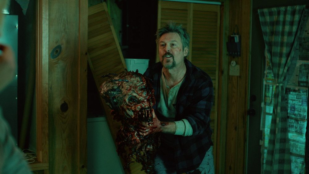 welcome to willetts 812 - New Stills Offer a Bloody Welcome to Willits