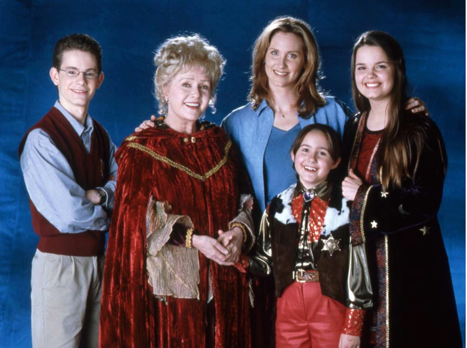 The Halloweentown Cast Reunited in Honor of Late Debbie
