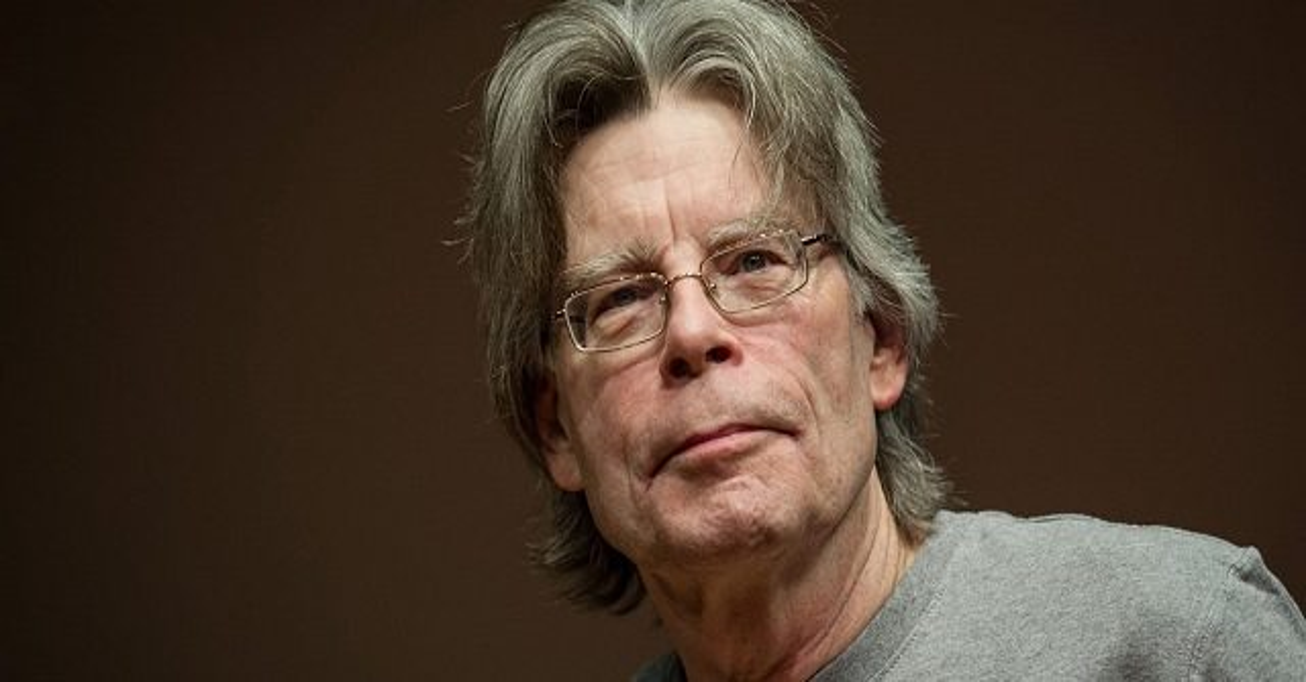 StephenKing - Showrunners Talk Stephen King's Involvement  With Castle Rock