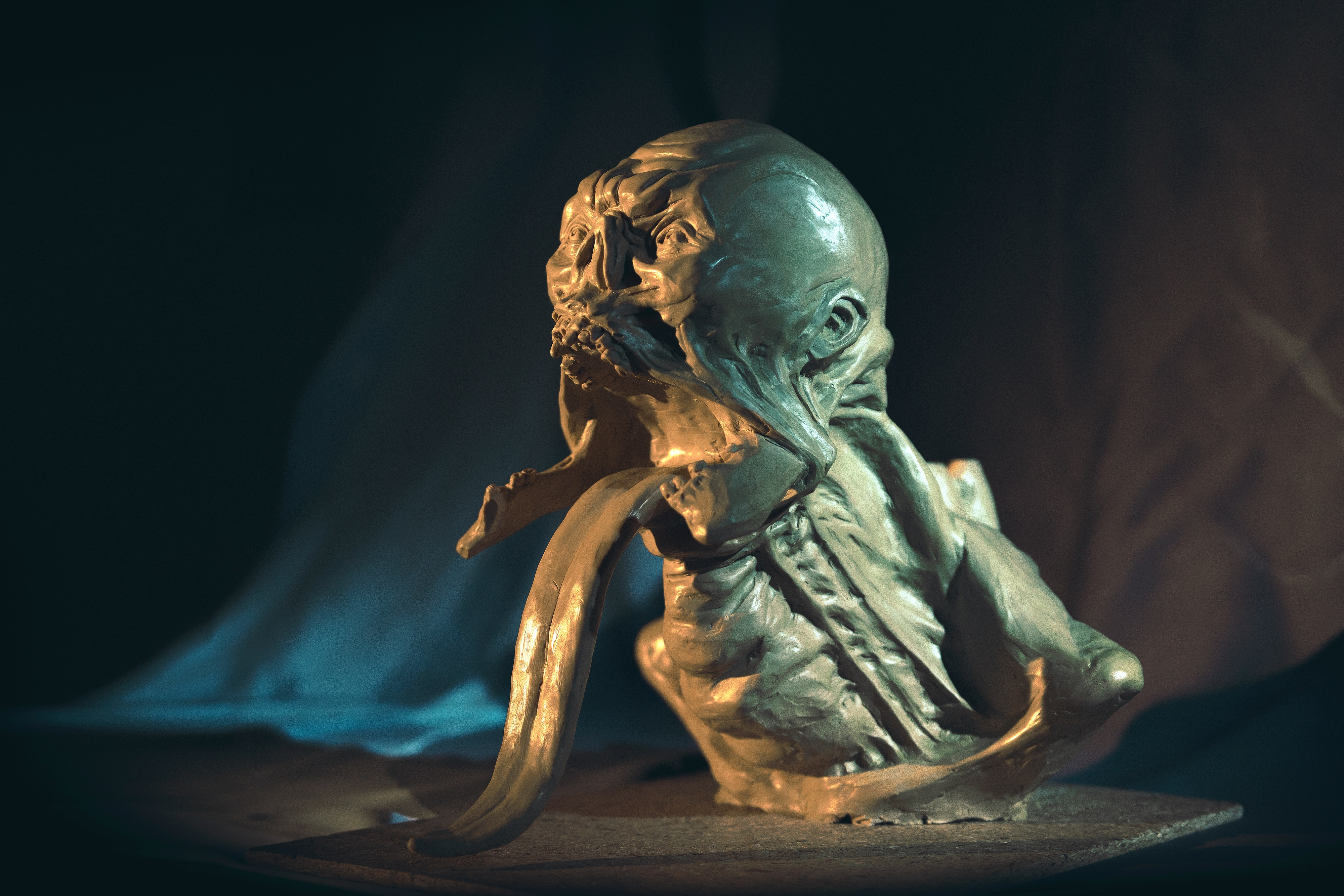 """sinkingcitysculpture 1 - Exclusive: The Sinking City Team Uses These Unsettling Sculptures to """"Get in the Mood"""""""