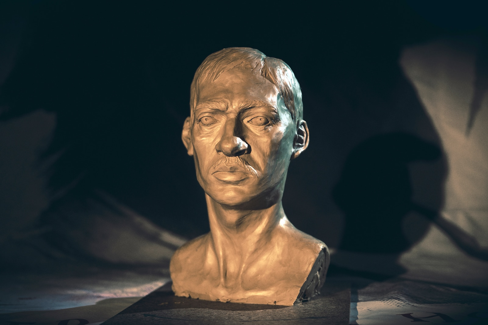 """sinkingcitysculpture 7 - Exclusive: The Sinking City Team Uses These Unsettling Sculptures to """"Get in the Mood"""""""