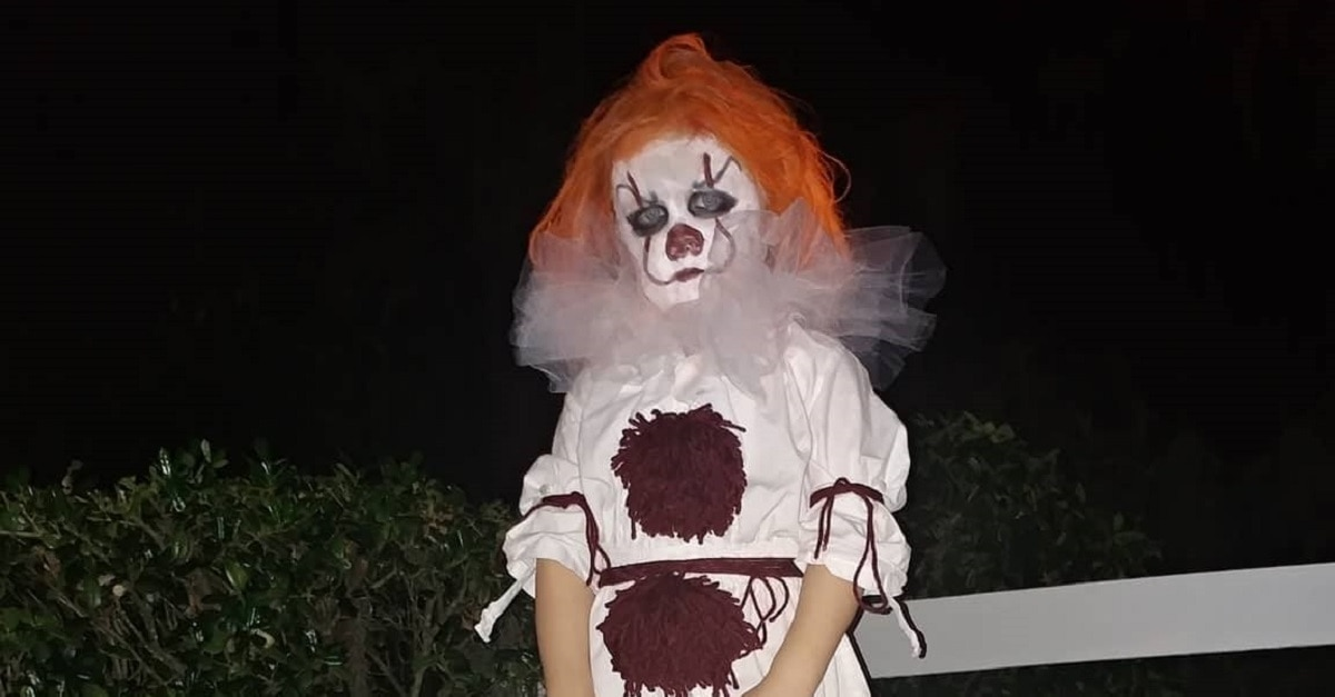BabyPennywiseFI - My 3-Year-Old Wanted to Dress as Pennywise This Halloween; Here's How It Went
