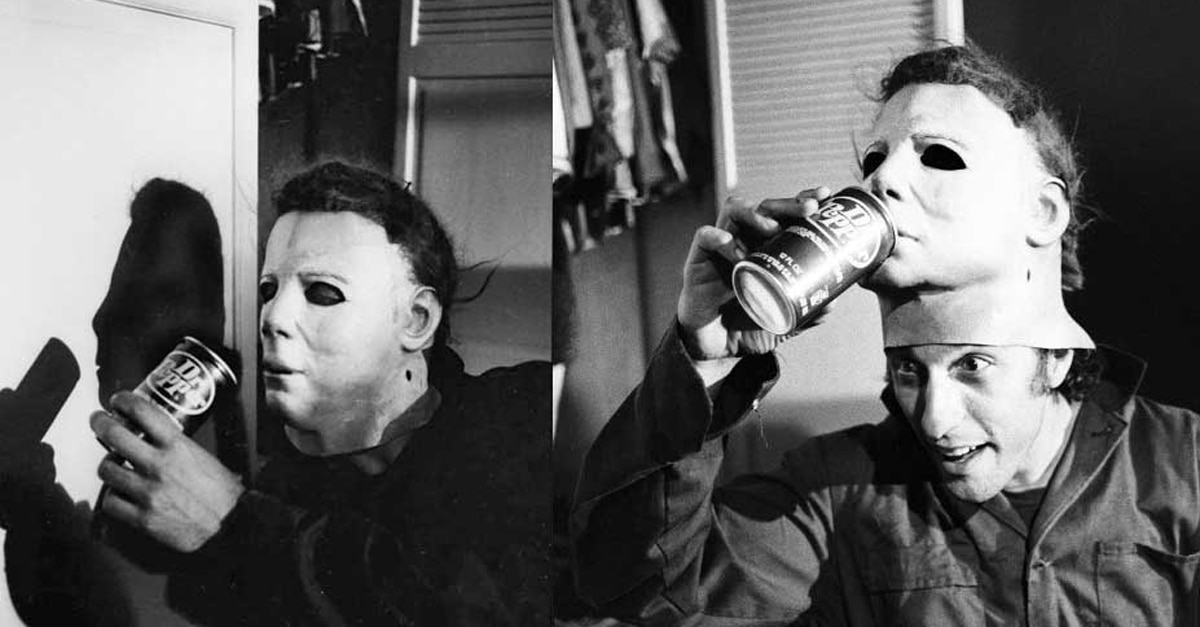 Nick Castle as Michael Myers on a break while filming Halloween - BREAKING: Nick Castle Returns to Play Michael Myers in New Halloween!