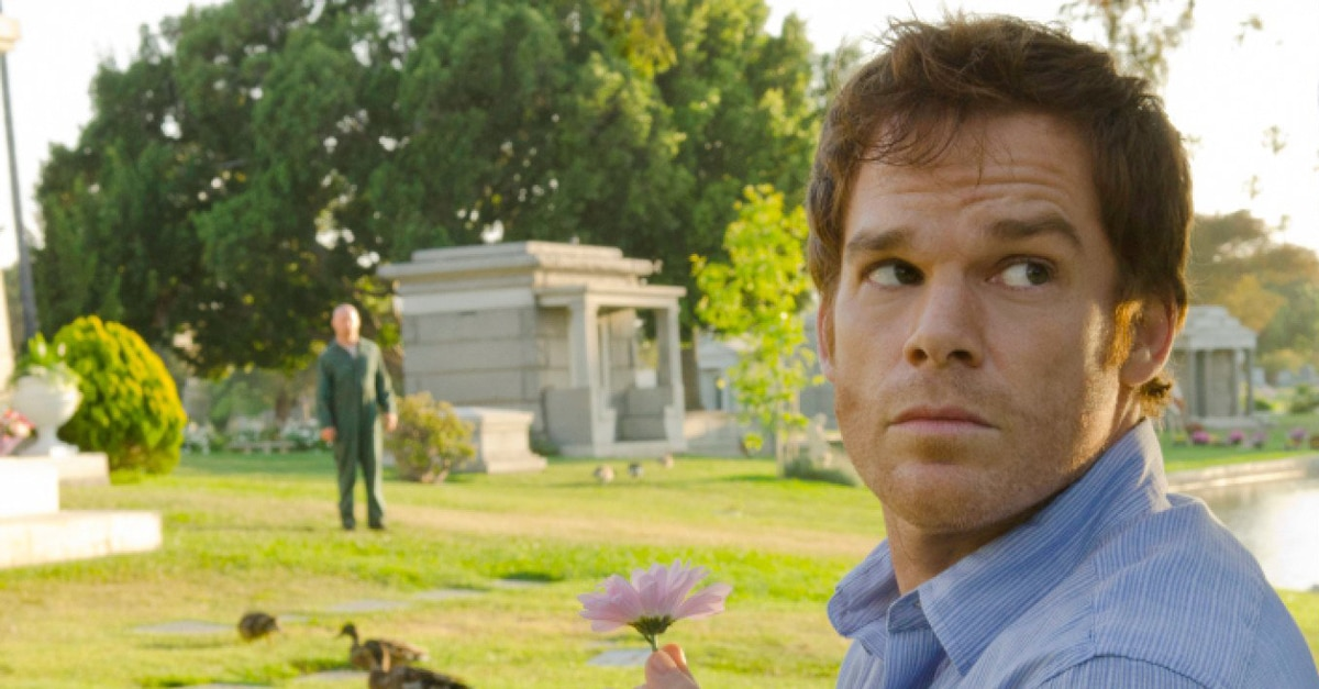 michaelchall - Michael C. Hall Buried in Stephen King's Pet Sematary