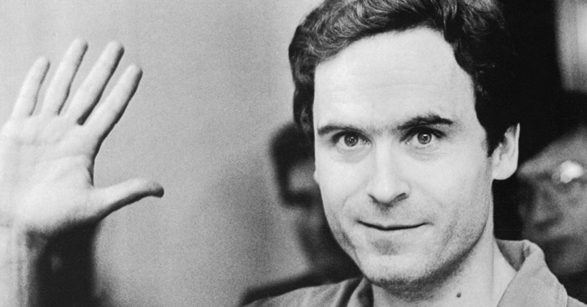 ted bundy - Zac Efron Looks Extremely Wicked, Shockingly Evil and Vile as Ted Bundy