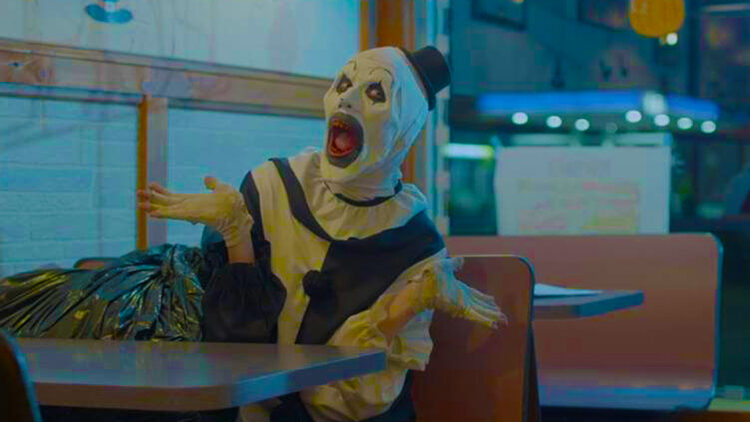 terrifier scream 750x422 - Terrifier Review Round-Up: The Critics Are SCREAMING!