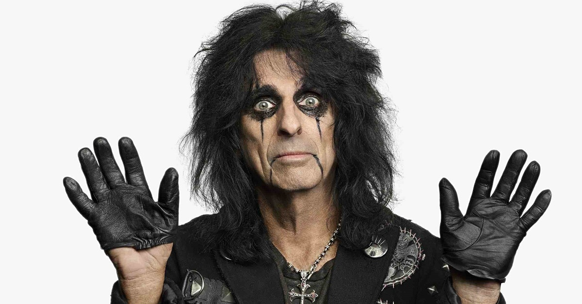 Alice Cooper - Shock Rocker ALICE COOPER's Full Tour Schedule Takes Over The US