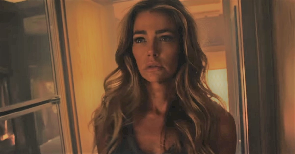 The Toybox - Denise Richards and Mischa Barton Battle A Haunted RV In The Toybox Trailer
