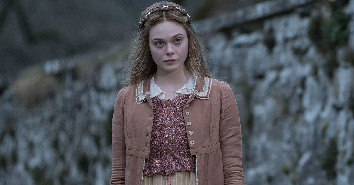 elle fanning - Trailer: Mary Shelley Starring Elle Fanning and Maisie Williams