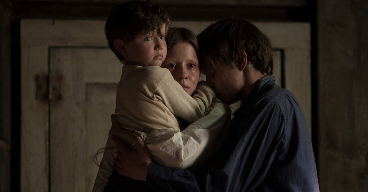 marrowbonebanner1200x627 - Marrowbone Review - An Effectively Creepy Period Ghost Story