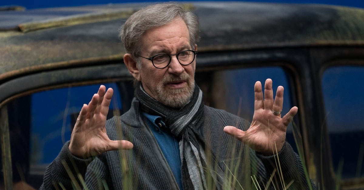steven spielberg - Steven Spielberg Still Plans to Adapt Stephen King and Peter Straub's  The Talisman