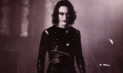 thecrowbrandonleebanner1200x627 400x240 - Unearthed Exclusive Part 2 of 2: Twenty Four Years after its Release, Screenwriter David J. Schow Talks THE CROW