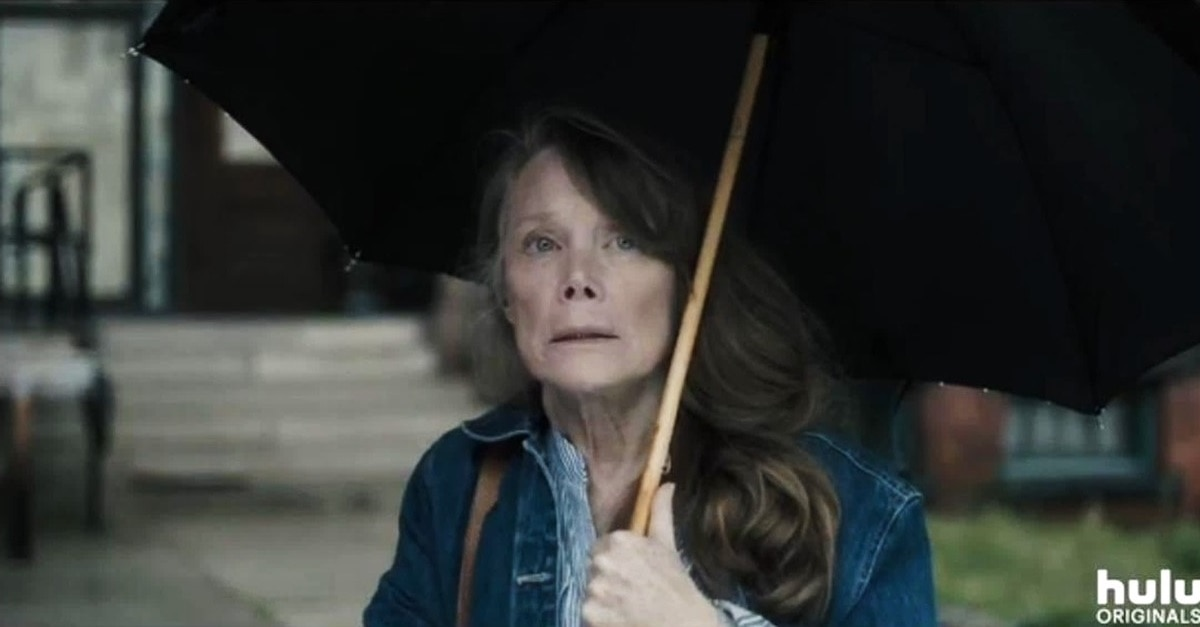 Castle Rock 2018 Sissy Spacek - Did Carrie White Survive Prom Night? Fan Theory Suggests She's Alive in CASTLE ROCK