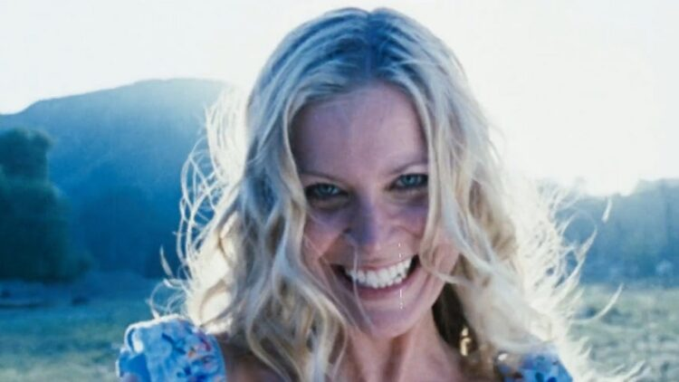 Sheri Moon 750x422 - First Look: Sheri Moon Zombie in Rob Zombie's 3 FROM HELL