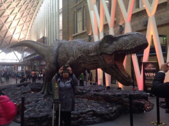 jurassic world Tyrannosaurus rex kings cross4 1 336x252 - JURASSIC WORLD: FALLEN KINGDOM'S Tyrannosaurus Rex Stomps on Kings Cross Station