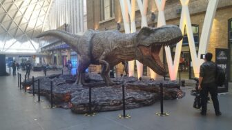 jurassic world Tyrannosaurus rex kings cross7 336x189 - JURASSIC WORLD: FALLEN KINGDOM'S Tyrannosaurus Rex Stomps on Kings Cross Station