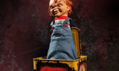 Chuck in the Box 1 1 400x240 - Mezco Toys Unveils BRIDE OF CHUCKY Jack-In-The-Box
