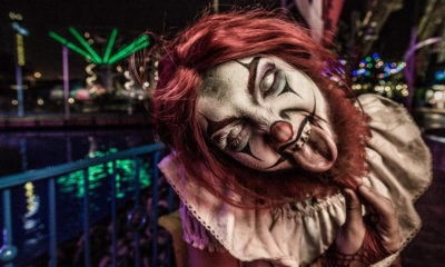 knottsscaryfarmbanner1200x627 400x240 - Knott's Scary Farm 2018 – Worth the Price of Admission and So Much More!