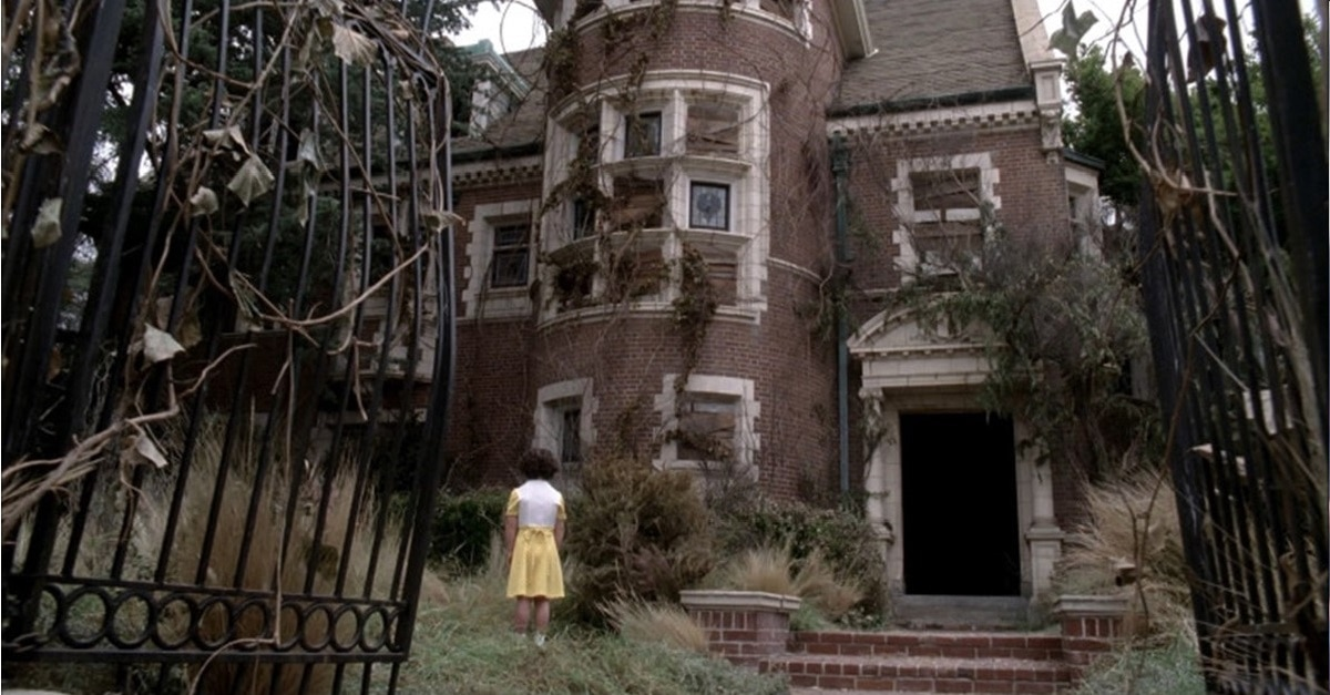 """AHS Murder House - What You Should Know About Tonight's Episode of AHS: APOCALYPSE """"Return to Murder House"""""""