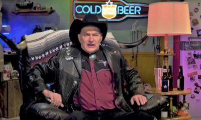 Dread Central Joe Bob.001 400x240 - Interview: Joe Bob Briggs Guides us Into the Holiday Spirit!