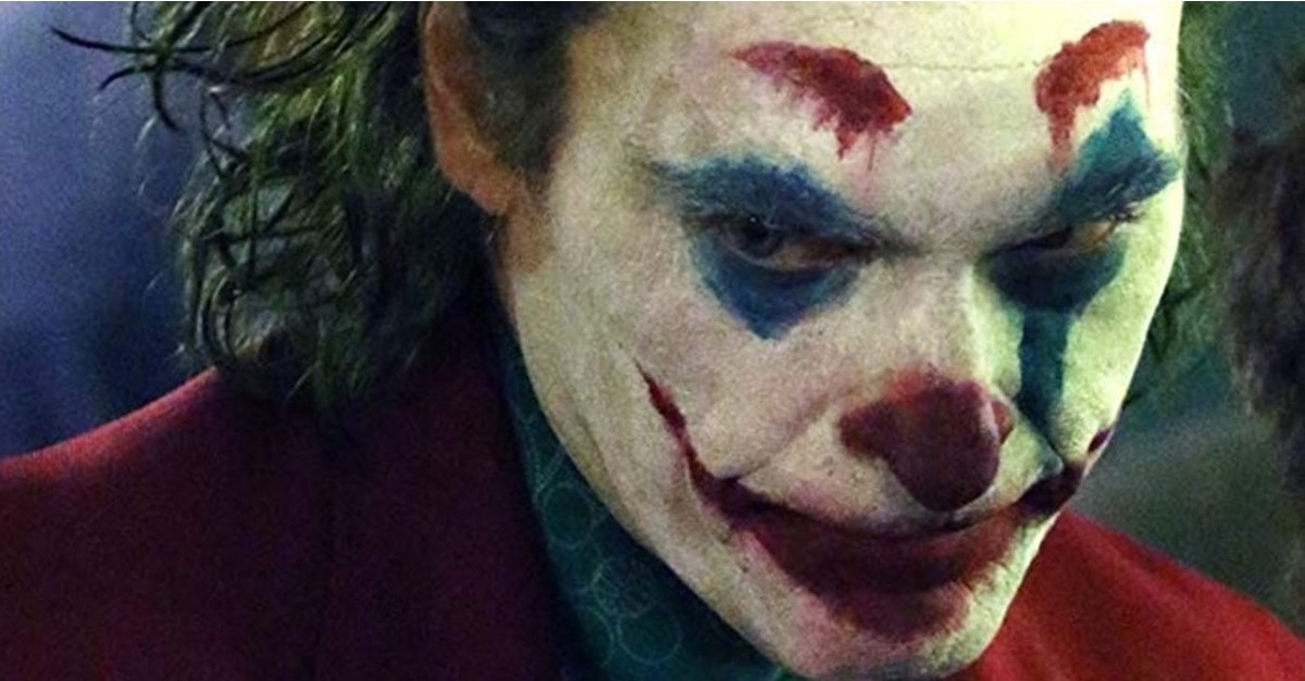 Joker 2019 1 - Fan Theory Suggests Joaquin Phoenix's JOKER Isn't the Same Joker of Batman Lore