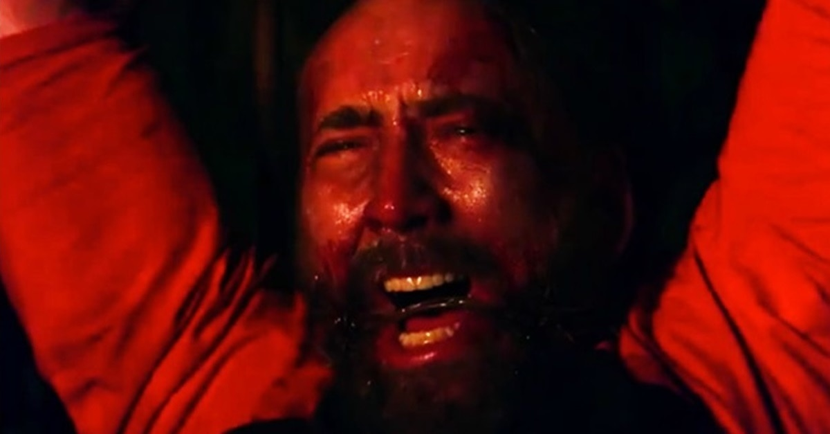 Mandy Nic Cage 2018 - Twisted Holiday Yule Log Sees Nic Cage Burning in Agony for Hours