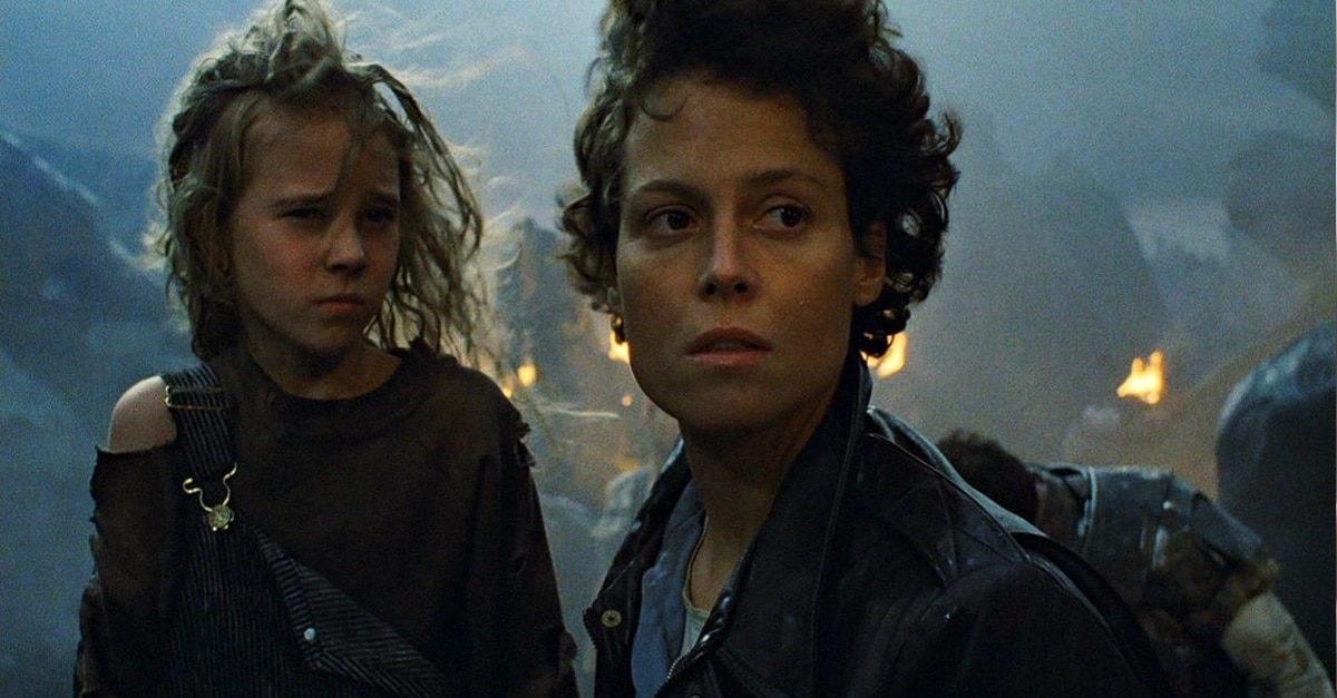Aliens Newt and Ripley - Yet Another Alternate Ending to THE PREDATOR Attempted an ALIEN Connection—With Newt!