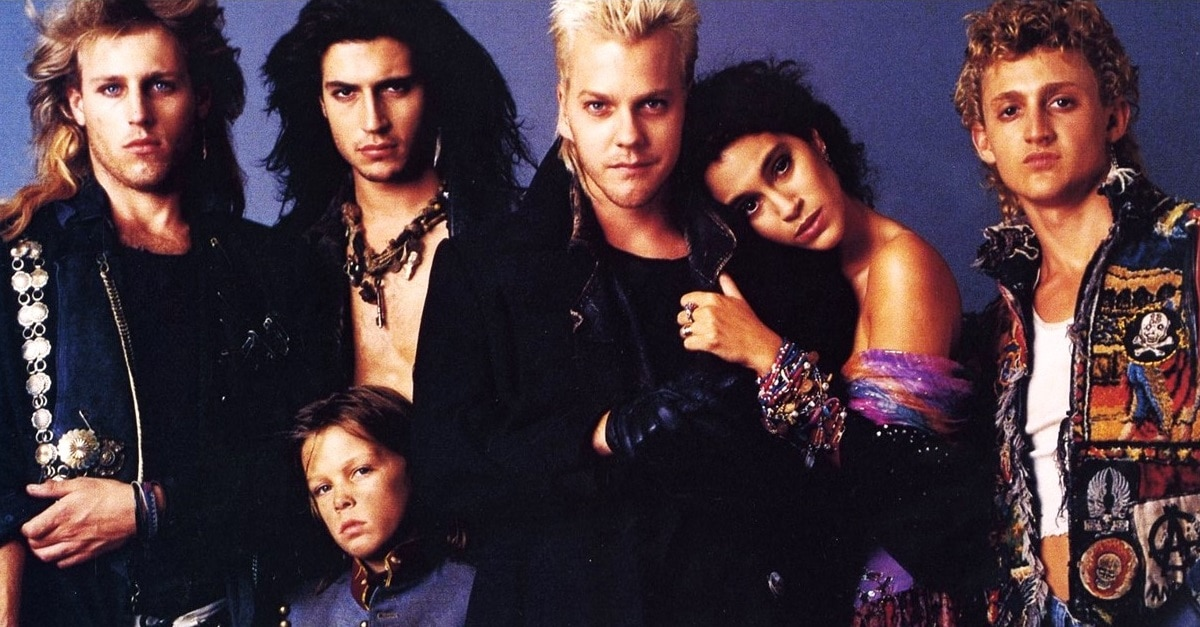 Lost Boys 1987 Banner - Kiefer Sutherland Describes Extremely Gory Scene Cut from THE LOST BOYS
