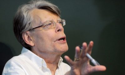 Stephen King 400x240 - Stephen King has Seen PET SEMATARY, Issues Warning!