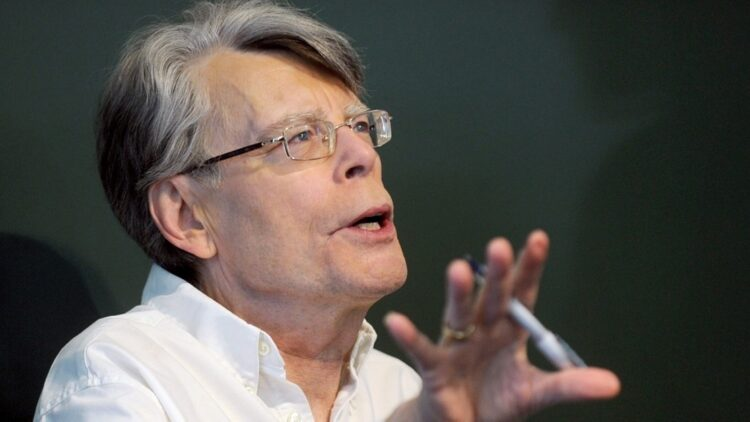 Stephen King 750x422 - Stephen King has Seen PET SEMATARY, Issues Warning!