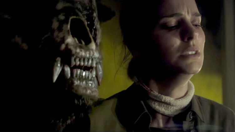 annihilationbearbanner 750x422 - The Difficulties of Adapting Cosmic and Existential Horror to Film