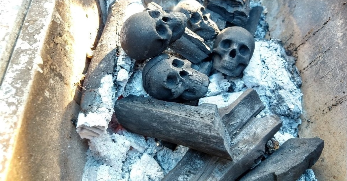 skull charcol banner  - Turn Your Next Backyard BBQ Into a Macabre Inferno with Charcoal Skulls