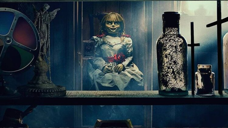 Annabelle 3 banner 750x422 - Trailer: Tour the Warren's Haunted Artifact Room from ANNABELLE COMES HOME in 360 Experience